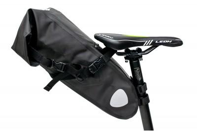 Велосумка 'байкпакинг' под седло 62x14x14cm черный водоотталк. BRAVVOS A2-402