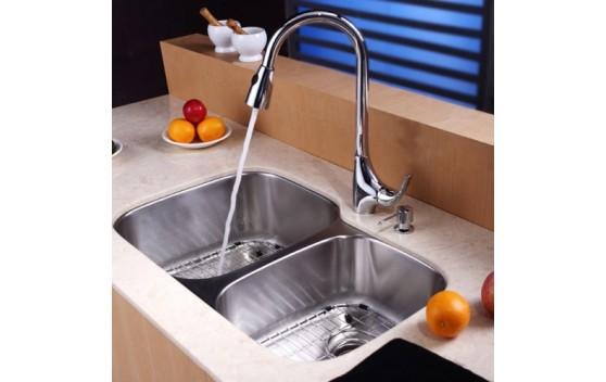 В чем особенность кухонных моек из нержавейки?